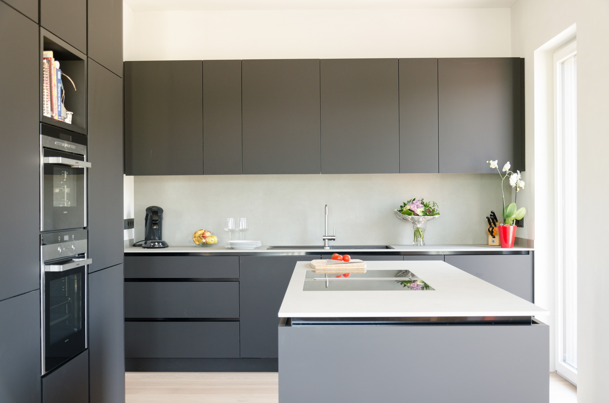 k che und badm bel in trier padati. Black Bedroom Furniture Sets. Home Design Ideas
